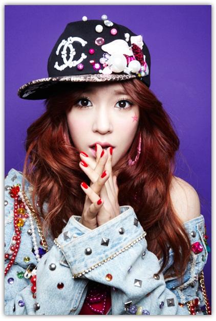 Tiffany-so-nyuh-shi-daes-s-E2-99-A5nes-E2-99-A5-33309855-422-628[1]